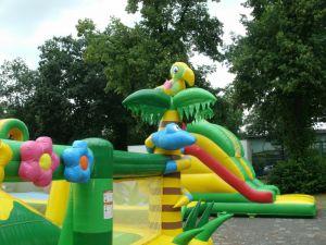 Freizeitpark Düsseldorf: Letzter Tag Hüpfburgenland 2014 bei Regen